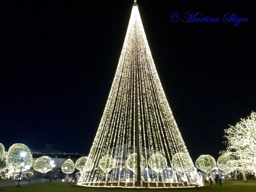 Opry Mills Christmas Lights